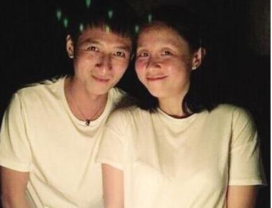 龙丹妮李维嘉 是什么关系夫妻吗 李维嘉暴瘦原因和龙丹妮有关.jpg